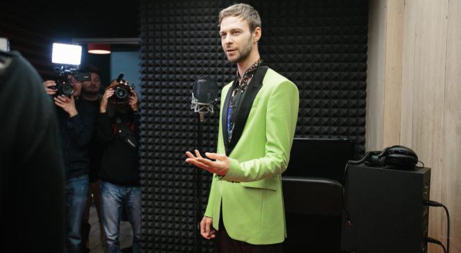Макс Барских подписал рекордный контракт с Sony Music