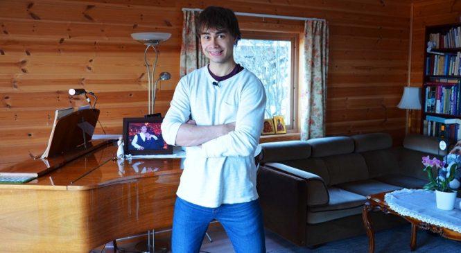 Александр Рыбак показал, что можно сделать смычком