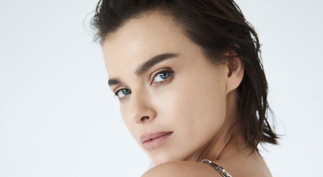 Елена Темникова представила новый трек «DAIMNE.LOVE»