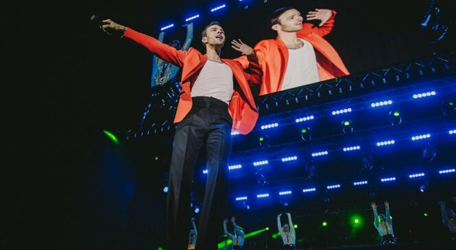 Макс Барских открыл осенний сезон музыкальных премьер сольным концертом в Киеве